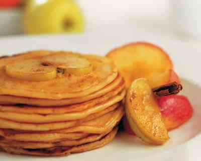 Recipe: Mini Apple & Cinnamon Pikelets